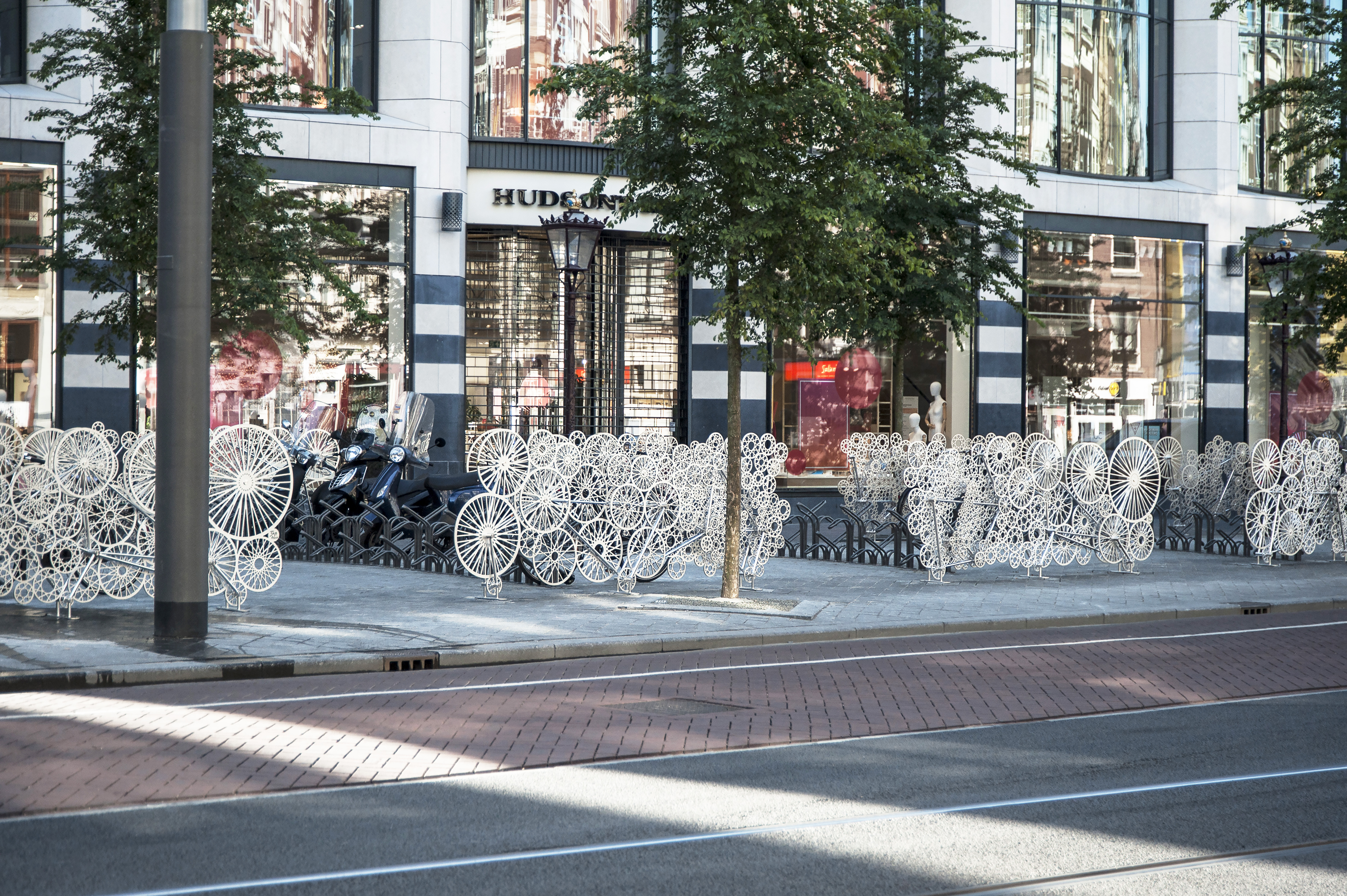 Bicycloud Fence Rokin Amsterdam Fietsenstalling Bicycle Fence Hek